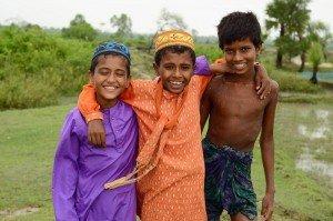 enfant du monde Bangladesh11741025_913844711988360_8906904398388569854_o